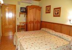 hotel-casa-carmen-benabarre-010